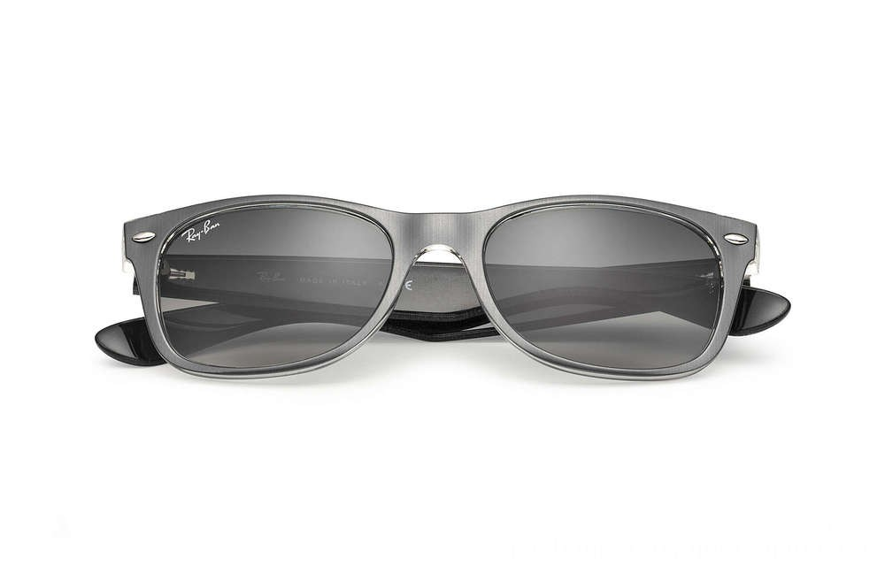 Ray-Ban NEW WAYFARER COLOR MIX - RB2132-614371-52-18 - Ray Ban Black Friday Deal